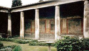 Perystile of hosue in Pompeii